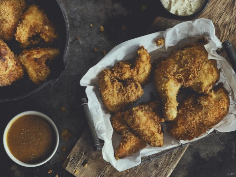 Fried-Chicken-aus-dem-Dutch-Oven_-85696Nd2Gdbb6TV24X